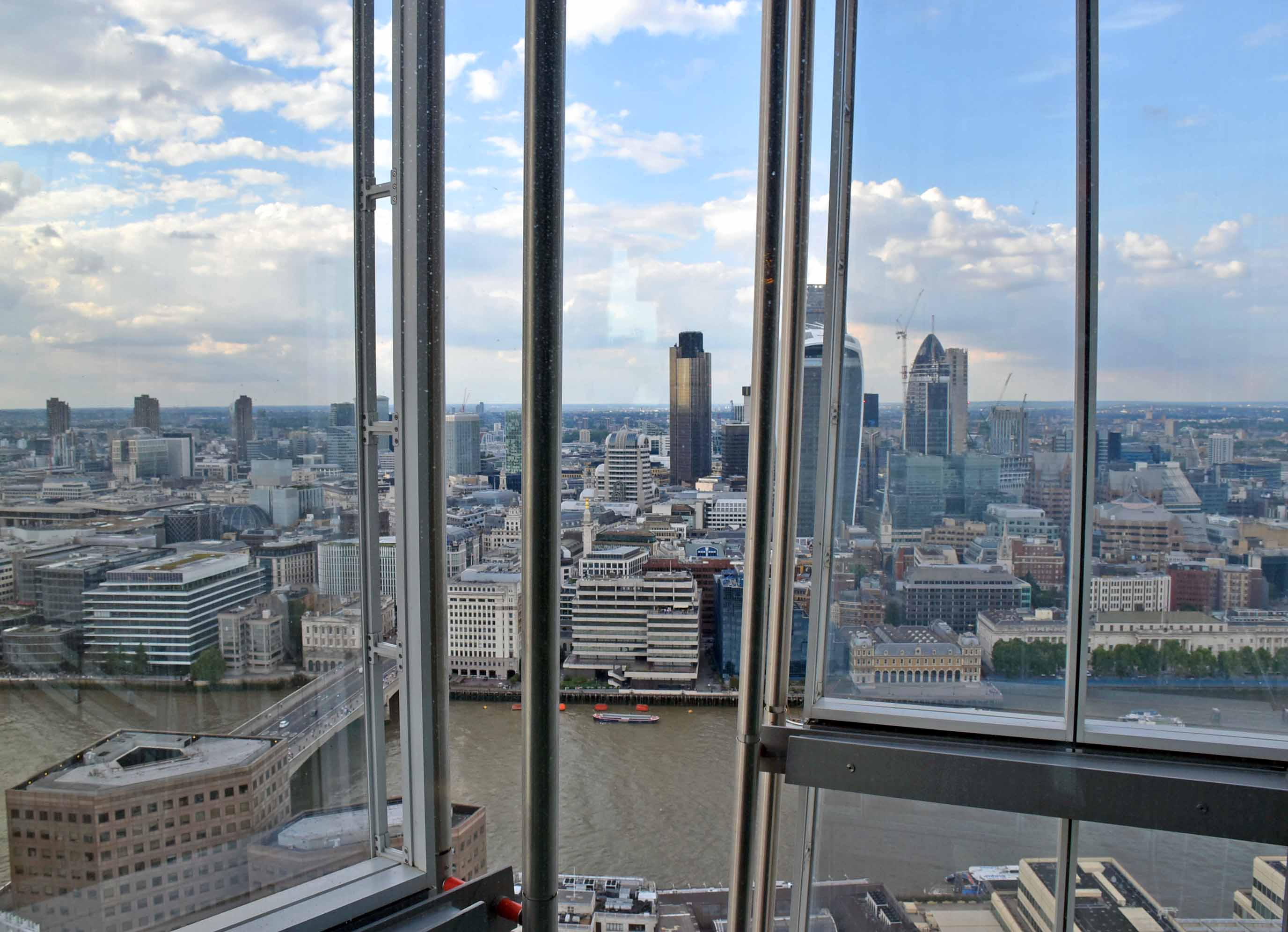Hutong Restaurant Review: Sky High Northern Chinese Cooking In The Shard,  London. A Gorgeous Private Dining Room ...